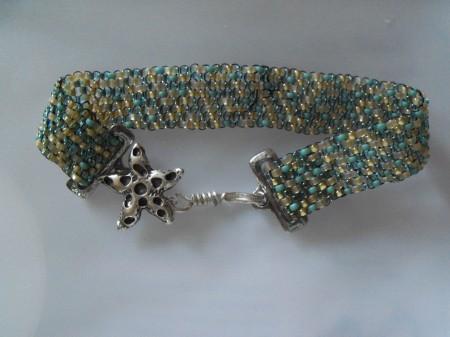 Just beachy seed bead bracelet
