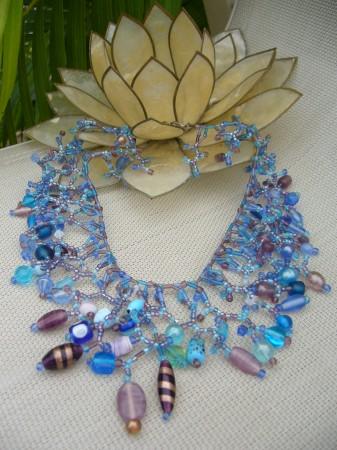 coral collar necklace