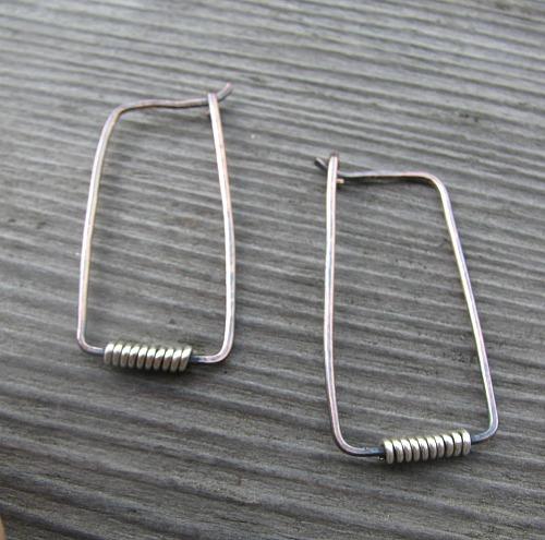 Rena's Rectangle Hoop Earrings Tutorial Rocks!