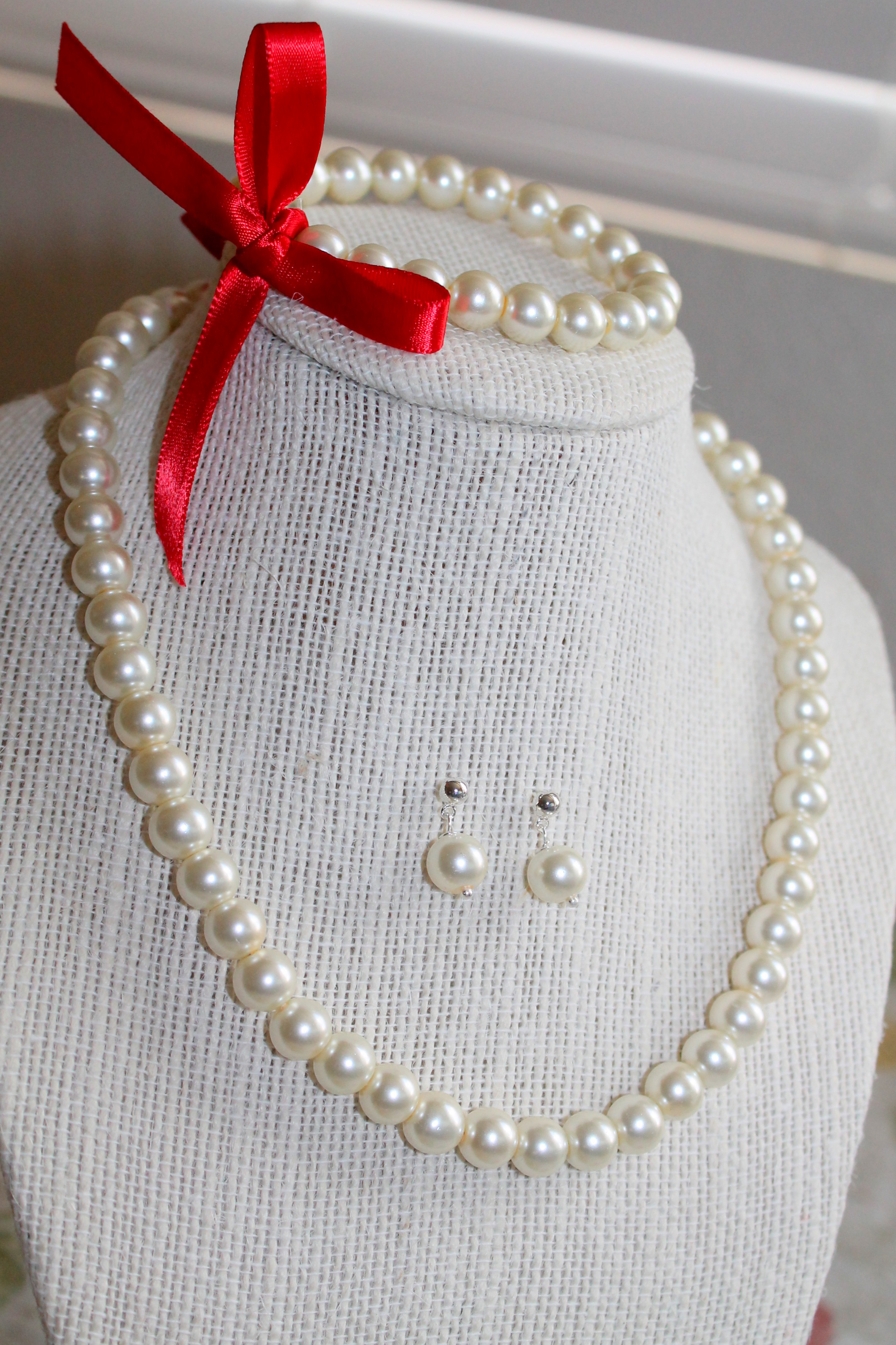 Glass Pearl Necklace, Bracelet and Earring Set