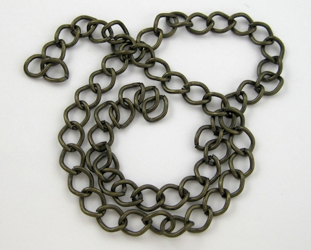 Chain for Changeable Charm Necklace - tutorial by Rena Klingenberg