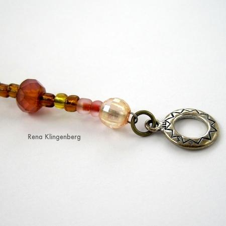 A Pretty Crimp Bead Cover Alternative - tutorial por Rena Klingenberg