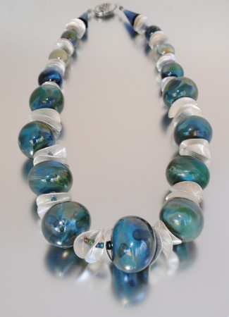 PTCarberry: Hand Blown Hollow Necklace 2