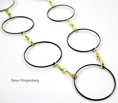 Colar dramático de elos de joias e restos de correntes - tutorial por Rena Klingenberg