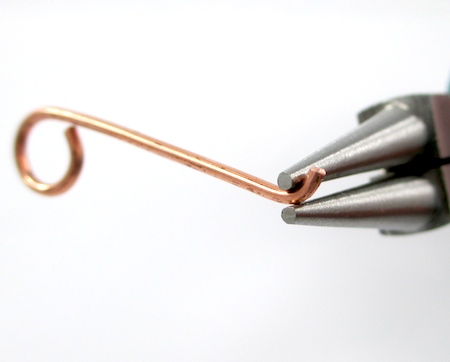 Bending wire for Easy Wire Hook Clasp - tutorial by Rena Klingenberg