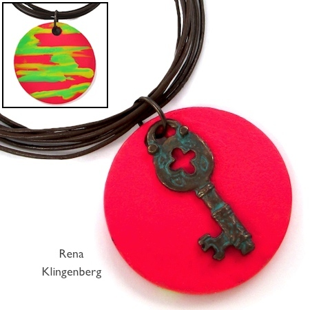 Pingentes reversíveis de joias para esmaltes - tutorial por Rena Klingenberg