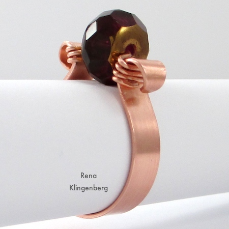 Scroll Ring with Spinner Bead - tutorial by Rena Klingenberg