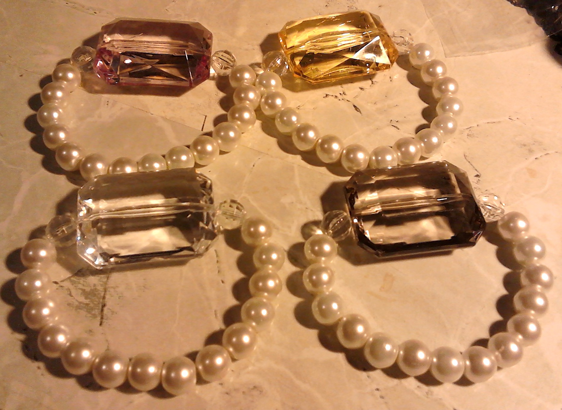 Jewelry Selling Beginner: Looking for Booth Tips