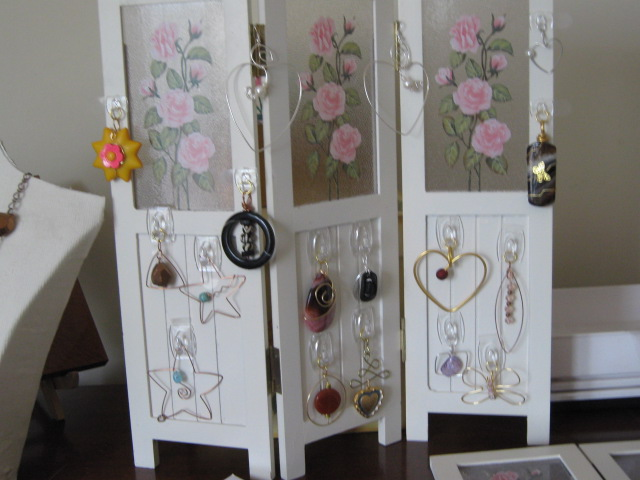 Yard Sale Find Becomes Folding Jewelry Display