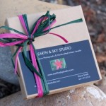 Simple Gift Boxes & Sales Bags