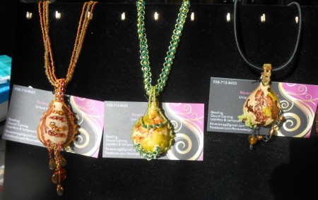 CHettenbach: Gourd Jewelry Display 3