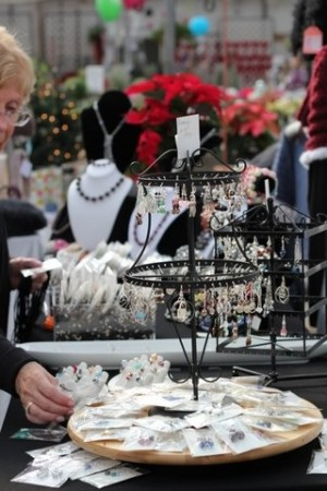TPogue: Eco-Friendly, Family Collaborated Jewelry Booth 1