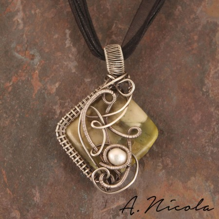 Silver wire wrapped pendant with serpentine stone and freshwater pearl