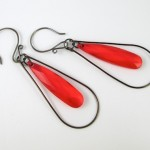 Teardrop Window Earrings - tutorial by Rena Klingenberg