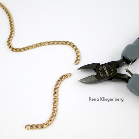 Cutting chain fringe - Roaring 1920s Flapper Fringe Jewelry - tutorial by Rena Klingenberg