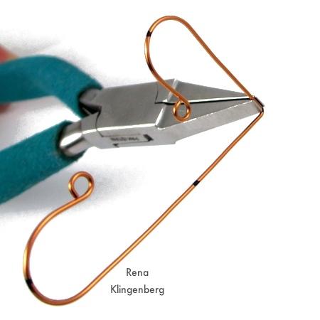 Bending wire for Wire Angel Pendant - tutorial by Rena Klingenberg