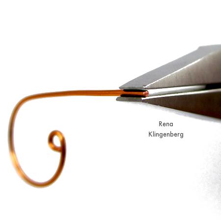 Shaping wire for Inside Loop Earwires - tutorial by Rena Klingenberg