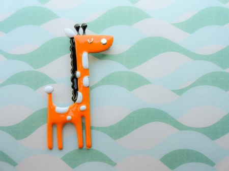 Giraffe brooch for kids