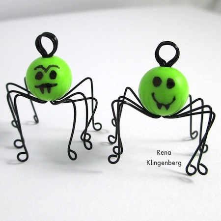 Two spiders for Creepy Crawly Spider Earrings - tutorial by Rena Klingenberg
