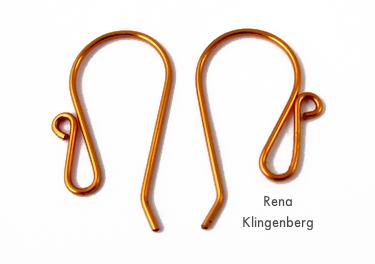Fios de orelha extravagantes fáceis para brincos de folha de outono coloridos - tutorial por Rena Klingenberg