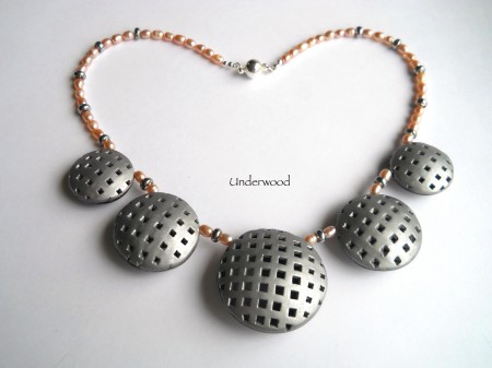 how to make clay bead necklace