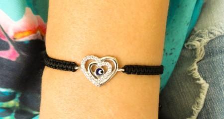 love macrame bracelet