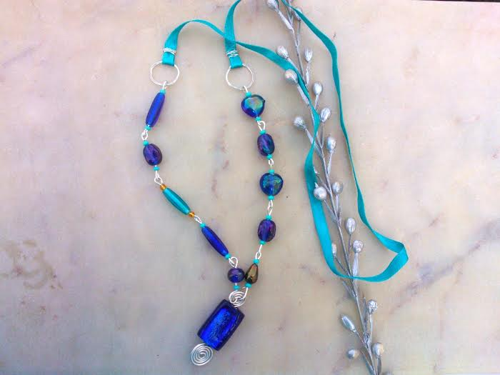 Blue Glass Beads Necklace