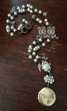Nanny's Treasures: My Vintage Heirloom Design