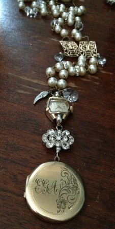 SReid: Nanny's Treasures: My Vintage Heirloom Design 1