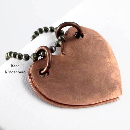 Secret Love Letter Pendant - tutorial by Rena Klingenberg