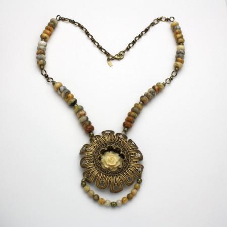 Agate shadow box necklace by Sue Shade DaisiesNDreams