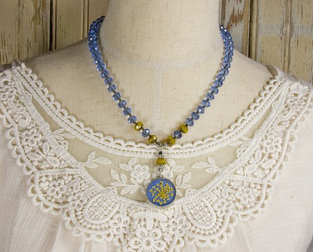 A great and versatile length at 19 inches long and the total pendant drop is 2 inches long.