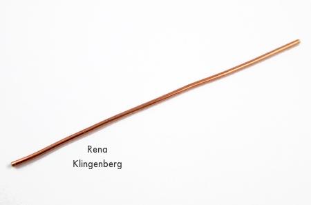 Cortando o fio para o grampo de gancho de arame espiral - tutorial de Rena Klingenberg