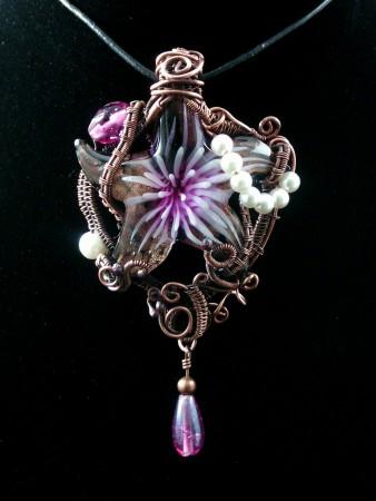 Star Pendant Foiled Glass Design