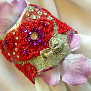 """Textures of Love"" Potpourri Cuff Bracelet and Earring Set"