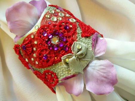 """""""Textures of Love"""" Potpourri Cuff Bracelet and Earring Set"""