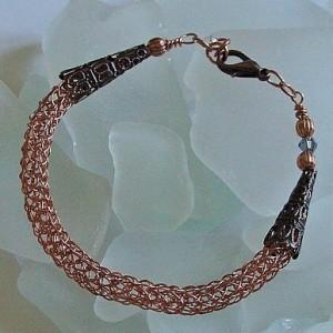 SBurchfiel: Viking Knit Bracelet