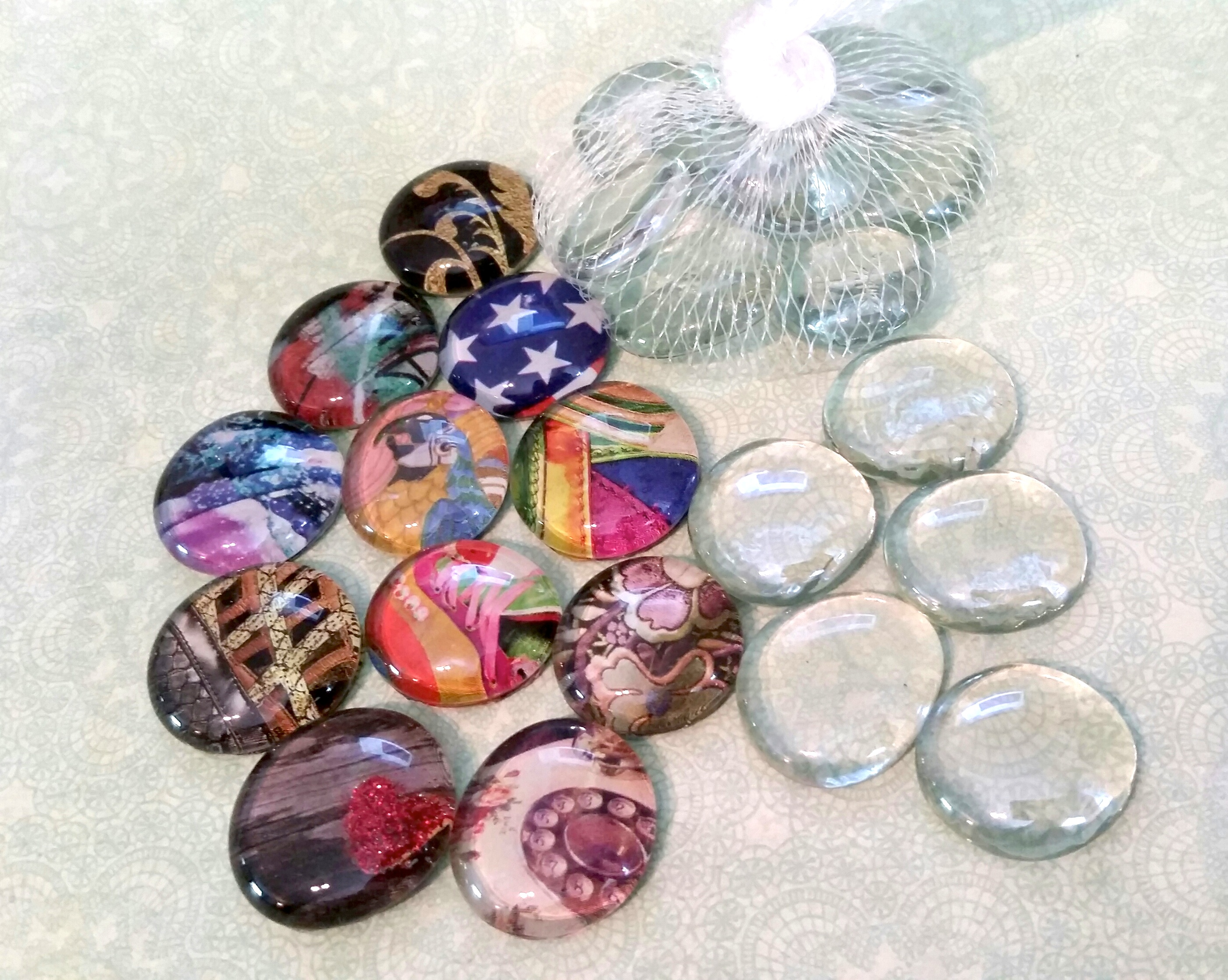 Glass Cabs & Magazine Beads
