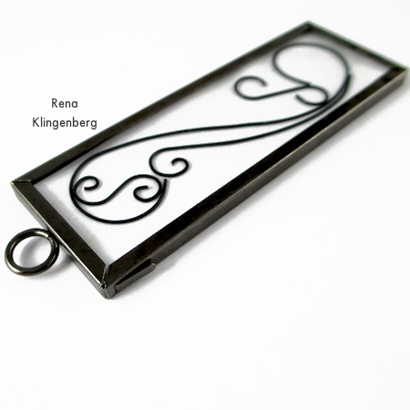 Closing the pendant frame - Wire Line Art Pendant - Tutorial by Rena Klingenberg