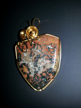 Wire wrapped pendant by Tammy S. Byrd