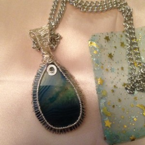 VEvans: Green Agate Wrapped Up