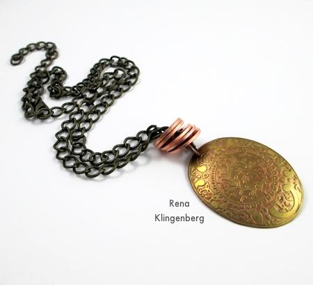 Colar de anéis empilhados - Tutorial de Rena Klingenberg