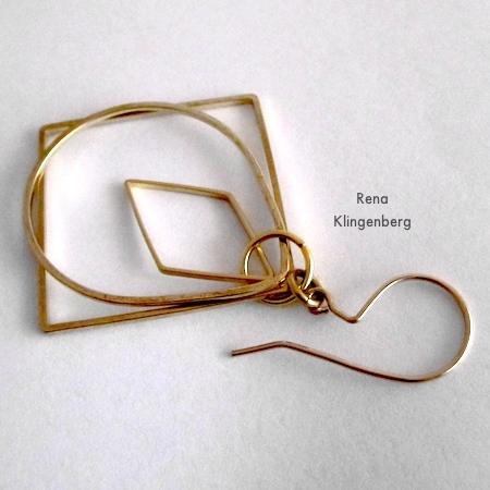 Colocando um fio de orelha e um anel de salto nos brincos Loops & Hoops - Tutorial de Rena Klingenberg