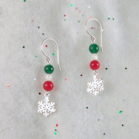 Holiday Photo Props for Jewelry - by Tamara  - featured on Jewelry Making Journal