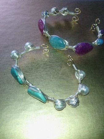 Wire bracelets by Sharon Hamilton  - featured on Jewelry Making Journal