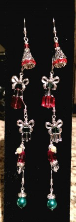 Holiday Earring Display by Chris Rehkop  - featured on Jewelry Making Journal