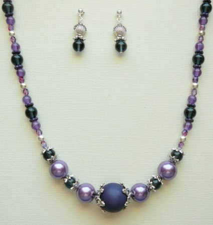 Spring jewelry set by Linette Arnold  - featured on Jewelry Making Journal