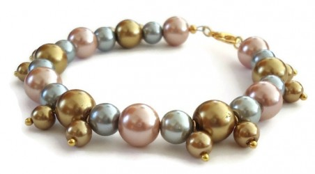 Pearlized Dreams Bracelet by Missy Rogers  - featured on Jewelry Making Journal