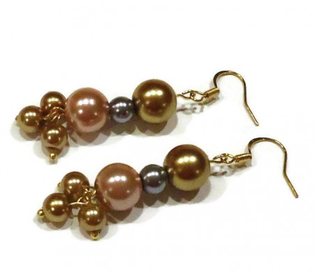 Pearlized Dreams Earrings by Missy Rogers  - featured on Jewelry Making Journal