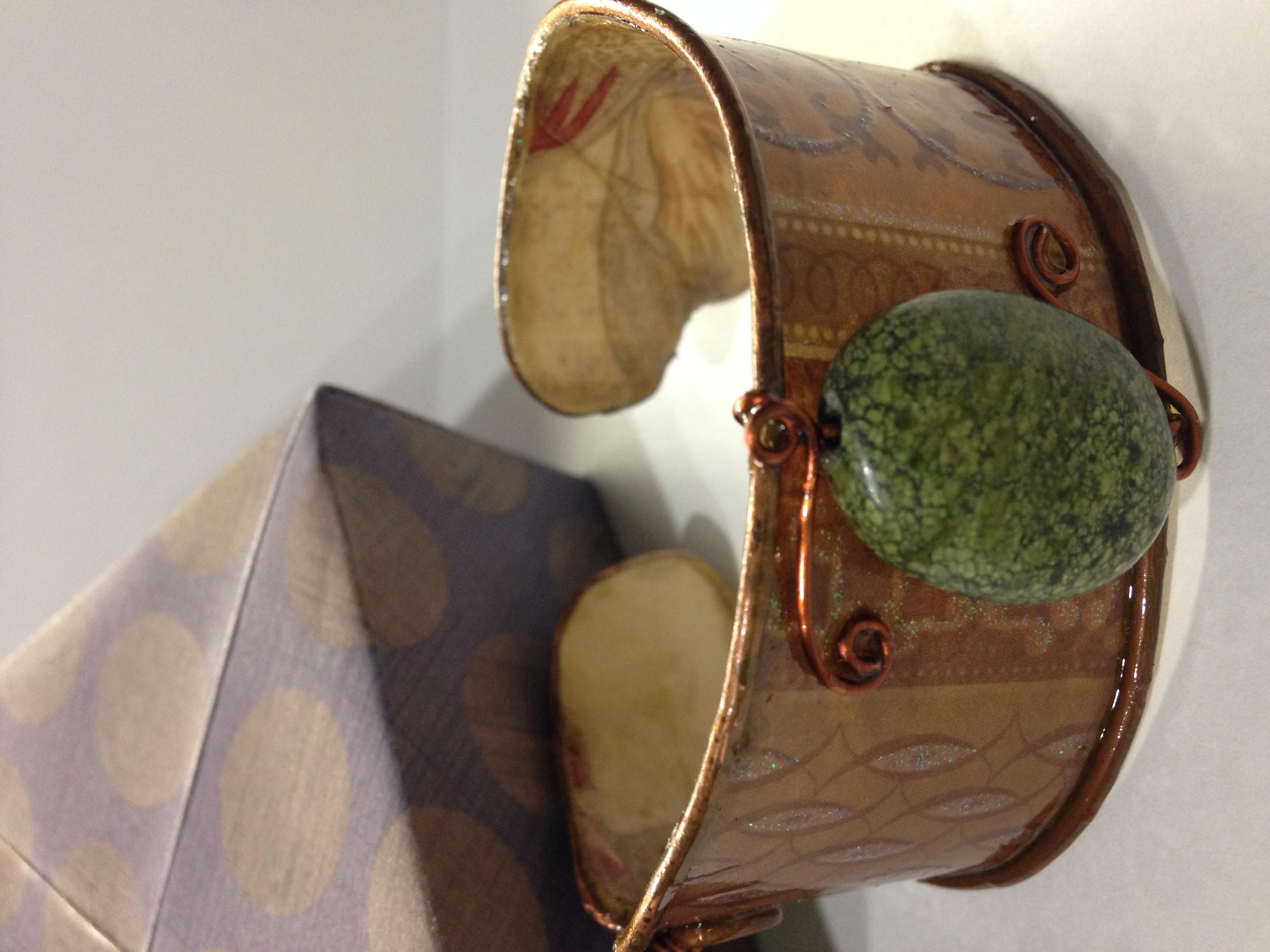 Wire & Scrapbook Paper Jewelry